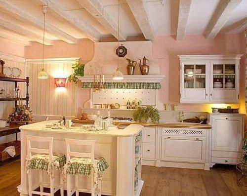 Pareti della cucina provenzale scegliere al meglio colori for Arredamento stile country provenzale