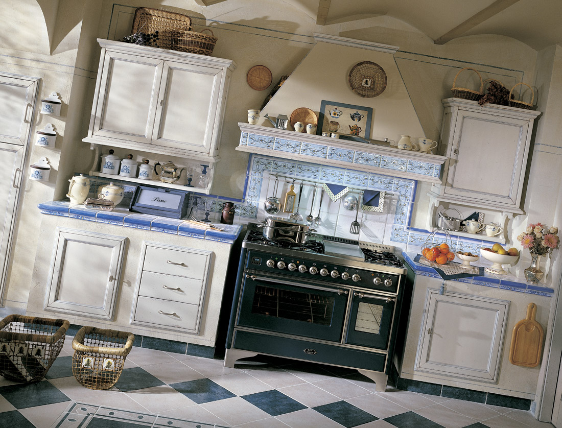 Pavimenti per cucine provenzali quali materiali e colori utilizzare arredamento provenzale - Cucine stile provenzale ...