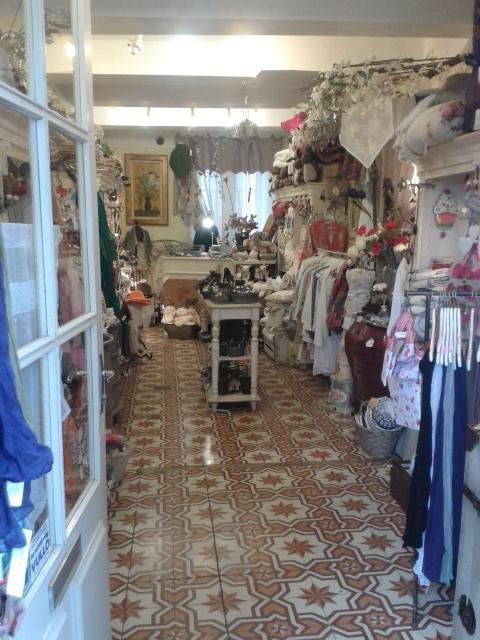 itinerario in provenza: visitare gordes - arredamento provenzale - Shabby Chic Arredamento Negozi