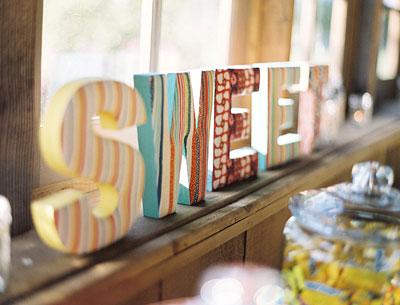 Tutorial creare lettere in legno in stile shabby chic for Scritte in legno nomi