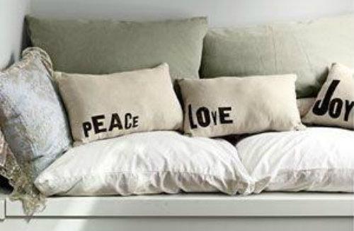 Tutorial come decorare i cuscini in stile shabby chic for Cuscini shabby chic on line