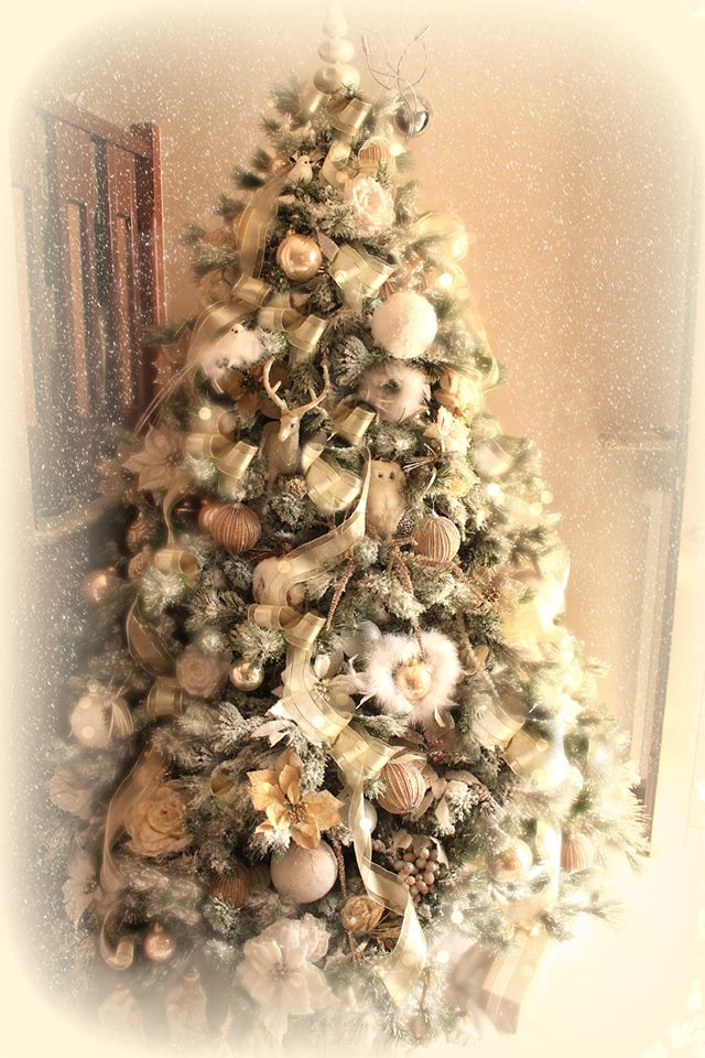 Foto di gabriela arredamento provenzale - Foto di alberi di natale decorati ...