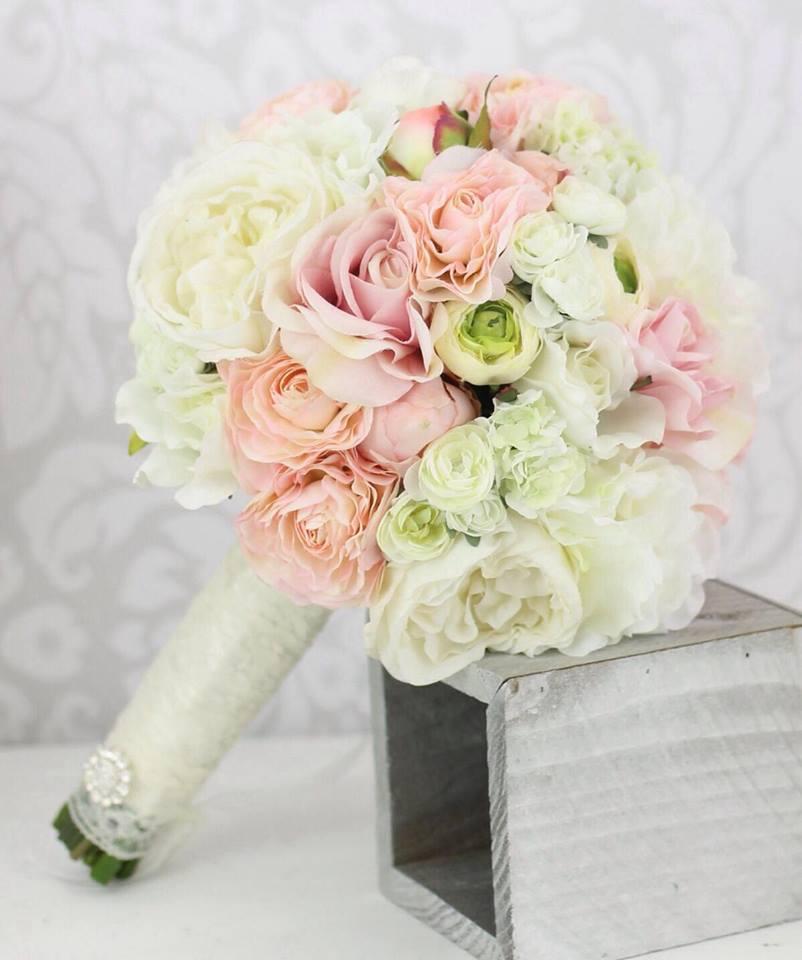 Matrimonio Tema Lavanda : Idee e consigli per il bouquet della sposa nel matrimonio