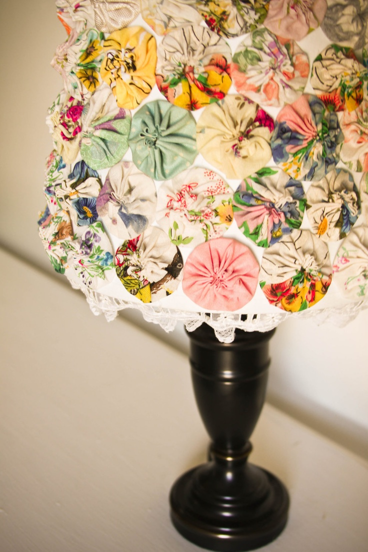 Idee per creare delle lampade da tavolo fai da te in stile shabby chic arredamento provenzale - Casa shabby fai da te ...