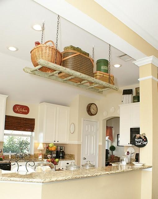 13 idee per arredare la casa con vecchie scale in stile country e shabby chic arredamento - Oggetti country per la casa ...