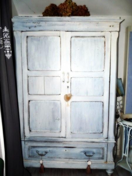 armadio-legno-decapato - Arredamento Provenzale