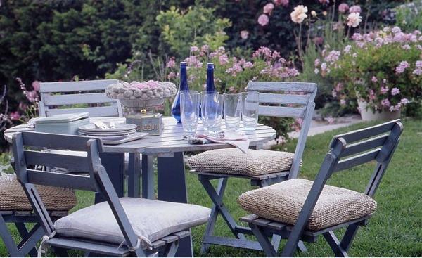 5 fantasiosi dettagli per il giardino in stile shabby chic - Racholas exterior ...