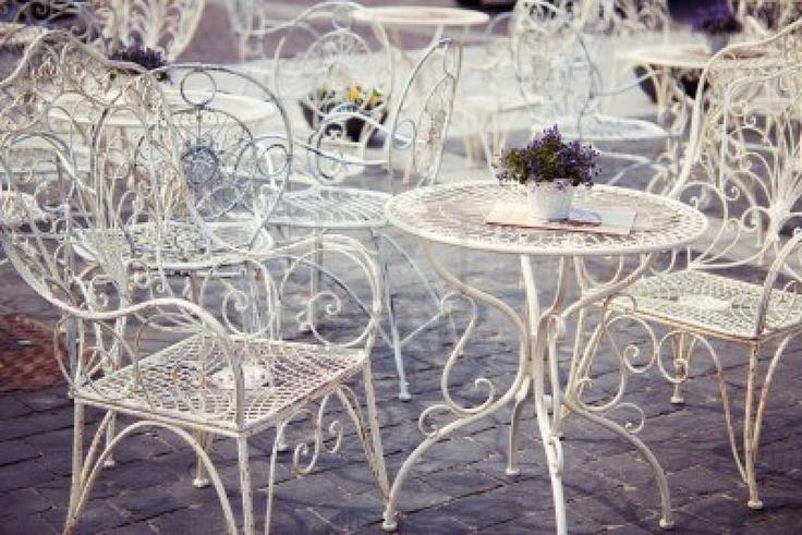 Mobili da giardino in ferro battuto bianco ~ Mobilia la tua casa