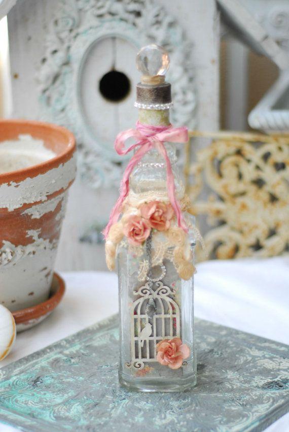 7 idee per dare nuova vita a una bottiglia di vetro in - Decorazioni vintage ...