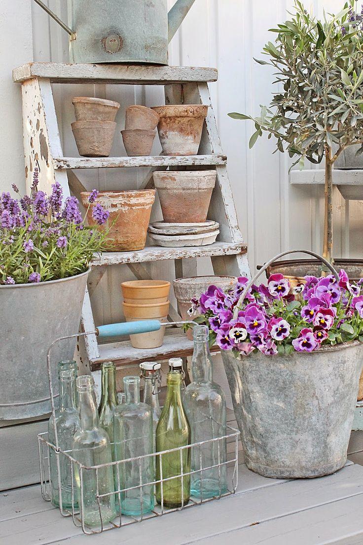 7 idee per utilizzare la scala a pioli nella casa in stile - Idee country per la casa ...