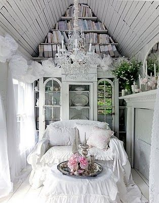 7 idee per un angolo lettura in stile shabby chic. Black Bedroom Furniture Sets. Home Design Ideas