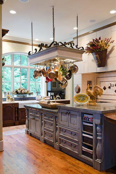 7 idee per un arredamento di lusso in stile vintage for Country house arredamento