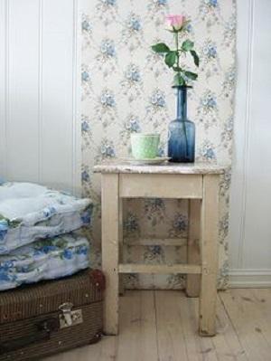 7 idee per pareti in stile shabby chic provenzale o - Decorazioni floreali per pareti ...