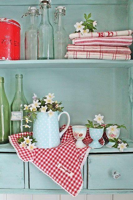 7 idee per la biancheria da cucina in stile shabby chic provenzale e country arredamento - Quadri cucina vintage ...