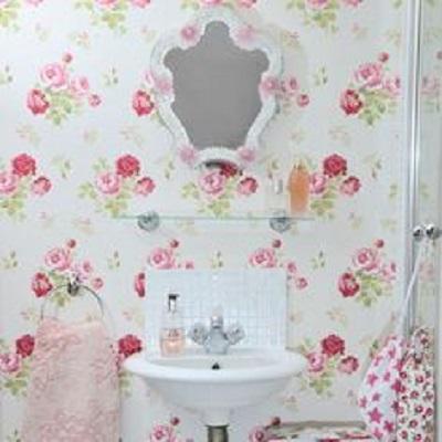 7 idee per arredare il bagno con colori chiari in stile shabby ...