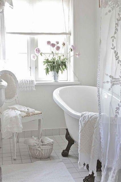 8 idee per una vasca da bagno in stile Shabby Chic ...