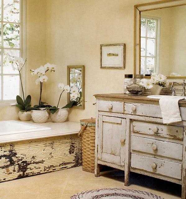 8 idee per una vasca da bagno in stile Shabby Chic, Provenzale e Country - Arredamento Provenzale