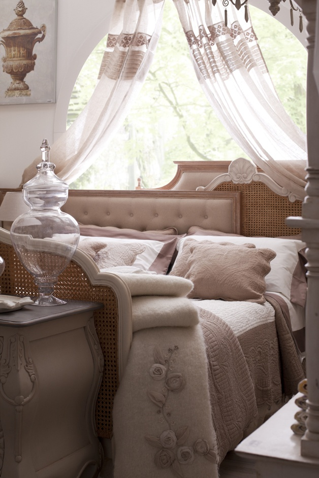 Cool arredamento provenzale camera da letto wk28 pineglen - Camera da letto country chic ...