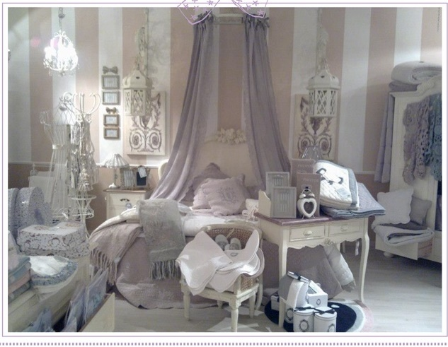 Camere Shabby Chic Foto : La camera da letto shabby chic provenzale e country secondo blanc