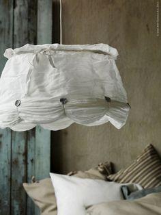 La camera da letto shabby chic secondo i grandi brand for Ikea lampadario camera