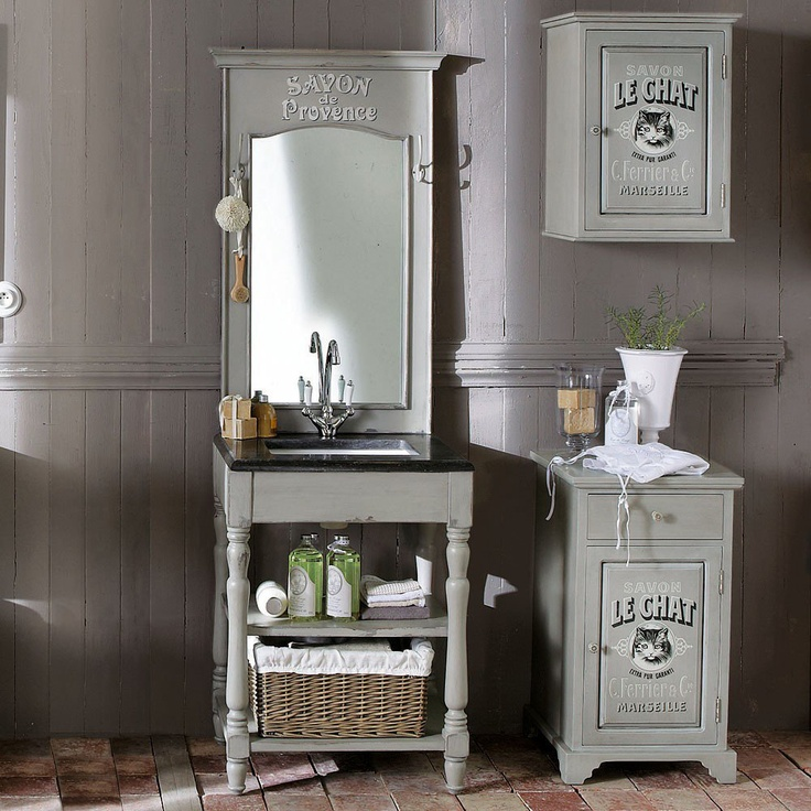 idee per il bagno shabby chic provenzale e country dai. Black Bedroom Furniture Sets. Home Design Ideas