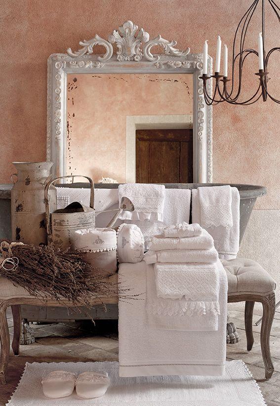 Idee per il bagno shabby chic provenzale e country dai grandi brand arredamento provenzale - Blanc mariclo mobili ...