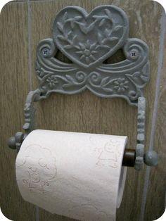 Idee per il bagno shabby chic provenzale e country dai - Porta carta igienica ikea ...
