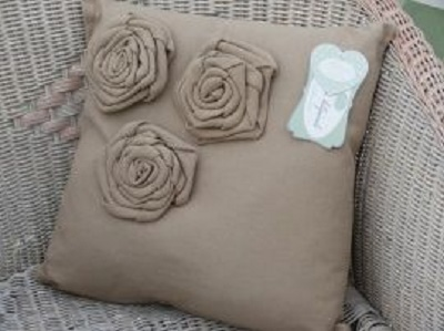 Cuscini Con Rose.Cuscino Rose Blanc Mariclo Arredamento Provenzale