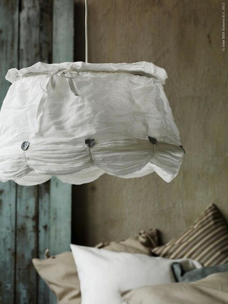 La camera da letto shabby chic secondo i grandi brand for Lampadario camera da letto ikea