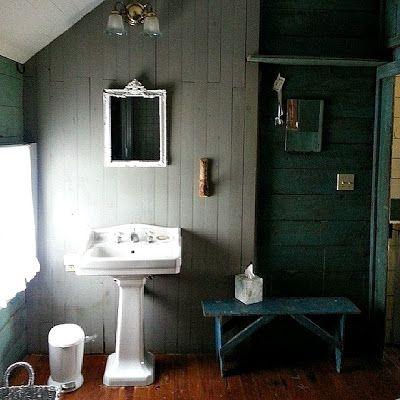 bagno-pareti-legno-rachel-ashwell
