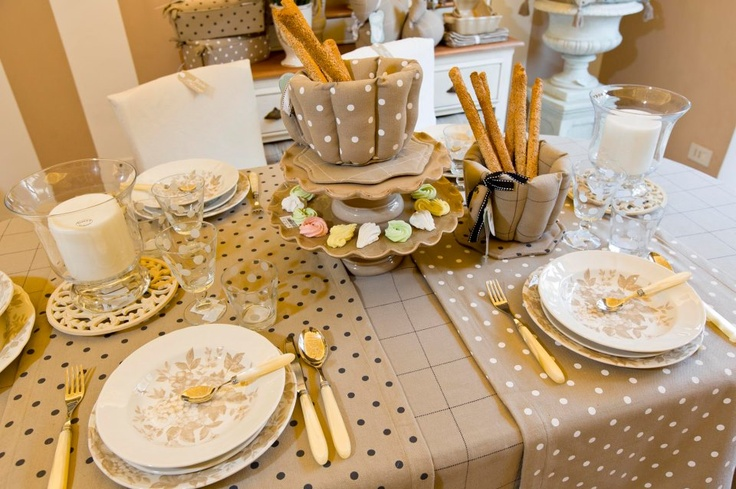 Idee bellissime per la tavola a primavera dal brand blanc maricl arredamento provenzale - Tavola di primavera idee ...