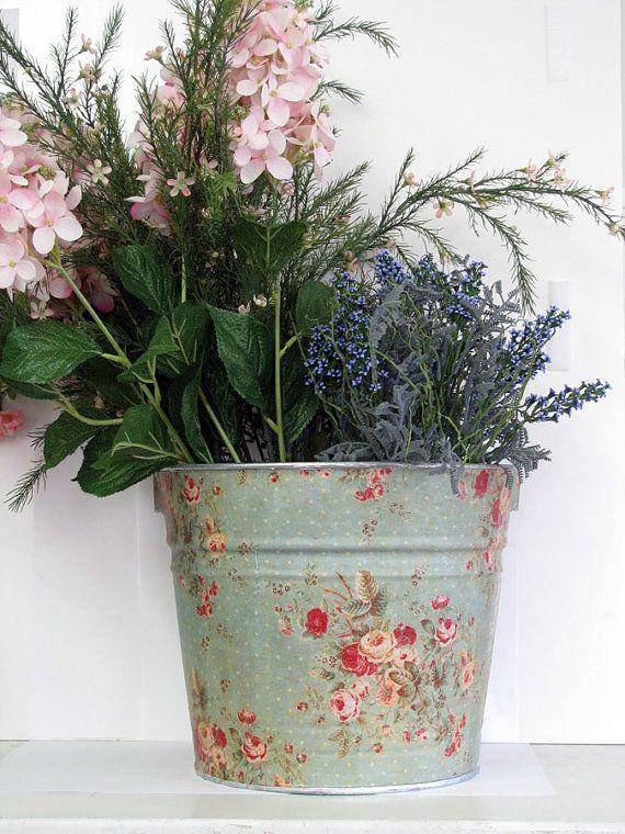secchio-decorazioni-floreali