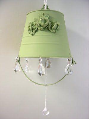secchio-lampadario-pastello