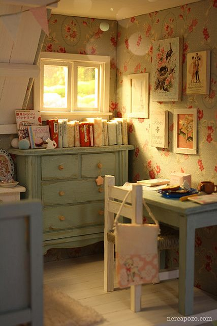 Consigli utili per una tappezzeria shabby chic - Little girls shabby chic bedroom ...