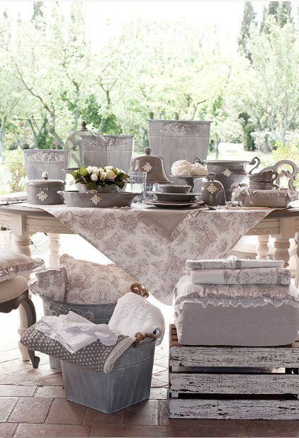 Idee bellissime per la tavola a primavera dal brand blanc for Blanc arredamento
