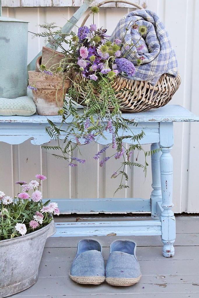 Una gallery di tavoli azzurri in stile shabby chic arredamento provenzale - Shabby gartendeko ...