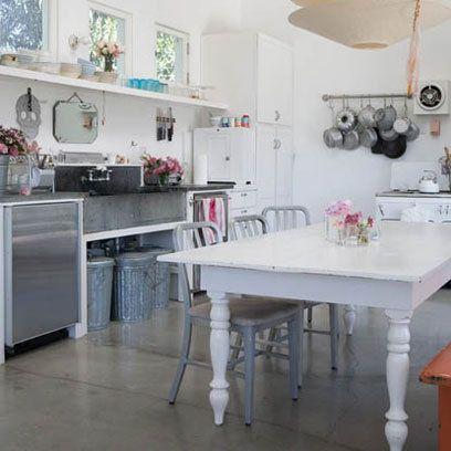 Il tavolo shabby chic secondo rachel ashwell arredamento for Tavolo cucina shabby chic