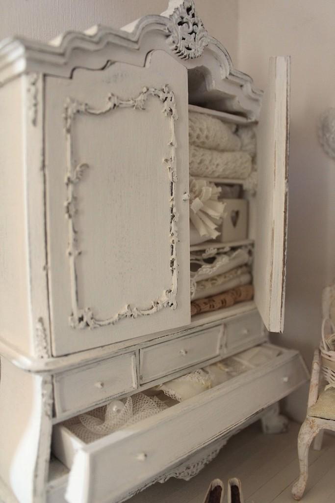 Il perfetto armadio shabby chic per il bagno   arredamento provenzale