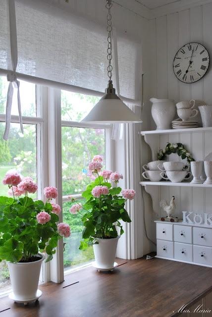 I fiori nella cucina Shabby Chic, idee per arredare con stile ...