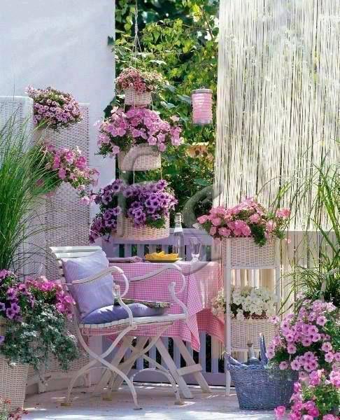 veranda-fiori-rosa-viola