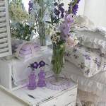 fiori-viola-comodino