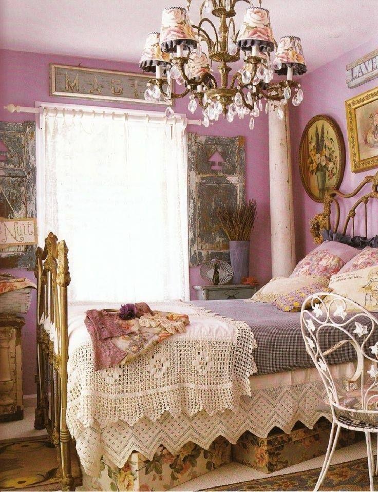 Le pareti shabby chic della camera da letto arredamento for Pareti camere da letto originali