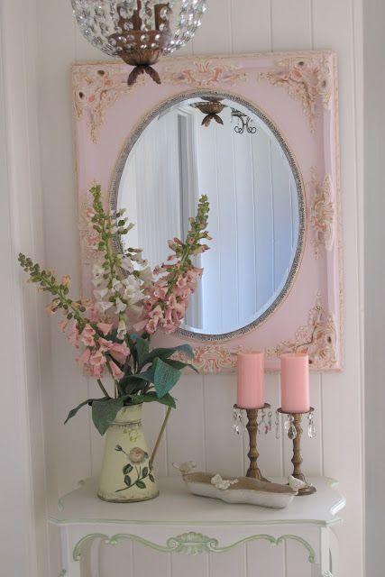 specchio-cornice-rosa