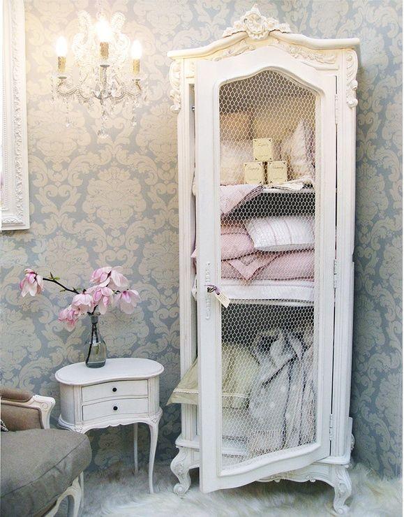 consigli per l 39 armadio shabby chic in bagno arredamento