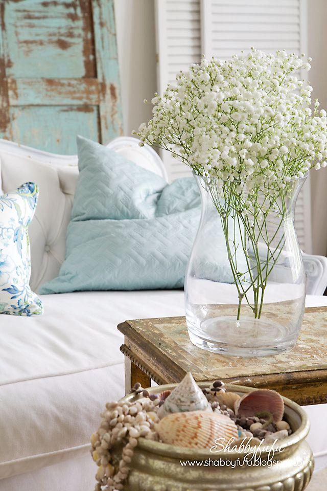 fiori-bianchi-salotto