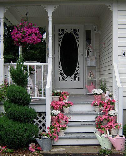 Come decorare l 39 ingresso per l 39 estate in stile shabby chic for Stili di porta d ingresso per case di ranch
