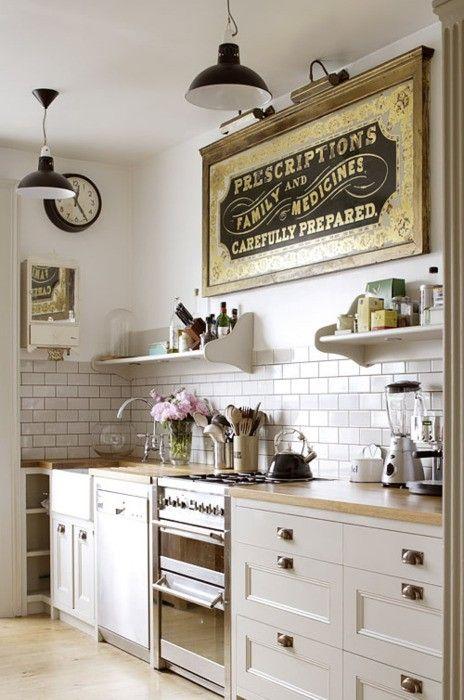 Quali colori e tonalità utilizzare per le pareti di una cucina ...