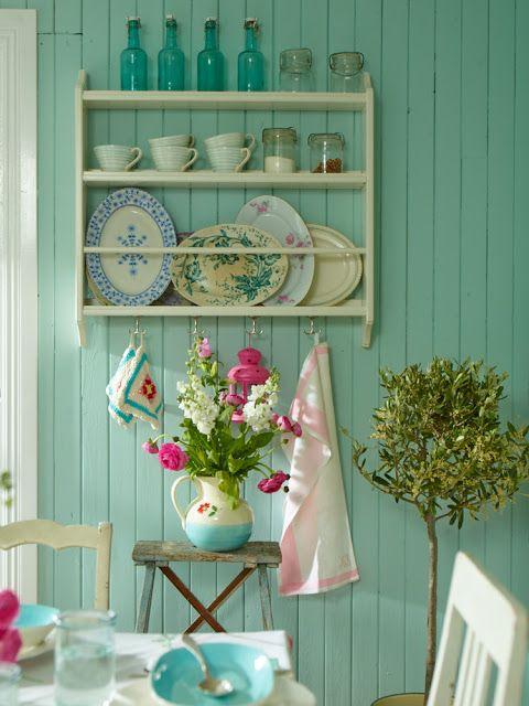 Quali colori e tonalit utilizzare per le pareti di una for Pareti verde acqua