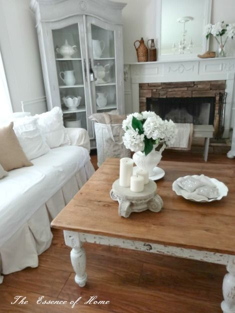 shabby-chic-divano-tavolo