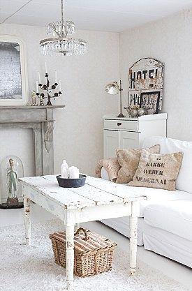 tavolo-bianco-salotto